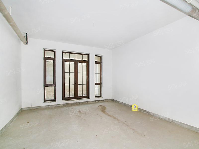 中海尚湖世家五室二厅四卫
