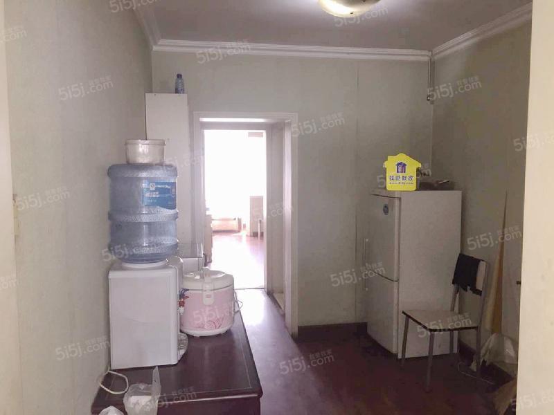 天宁寺西里三室一厅一卫