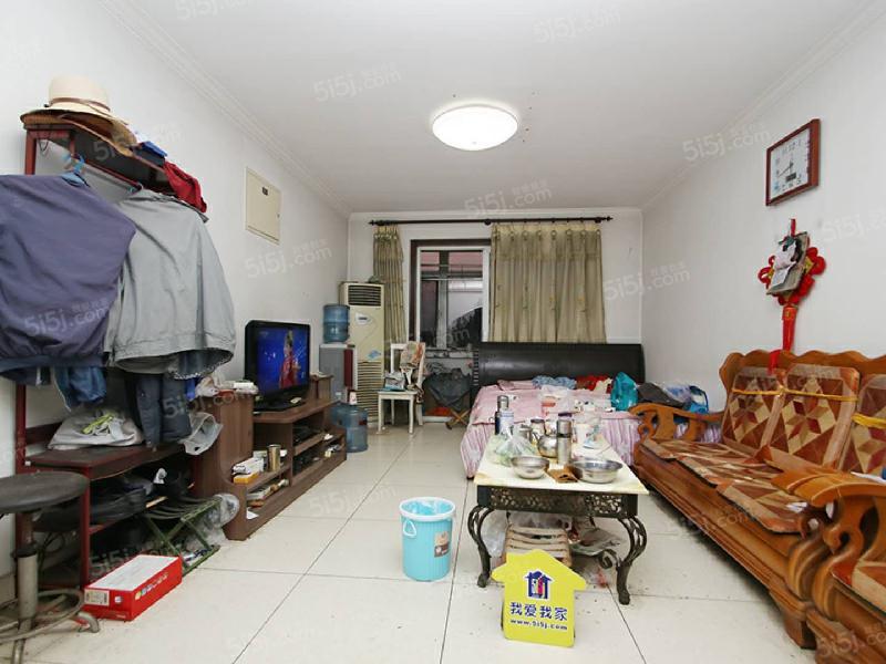 北京我爱我家北潞华一室一厅一卫  户型方正  看房方便