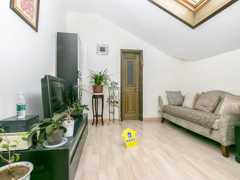 广渠门外 CBD公寓一期 使用面积370平米 复式