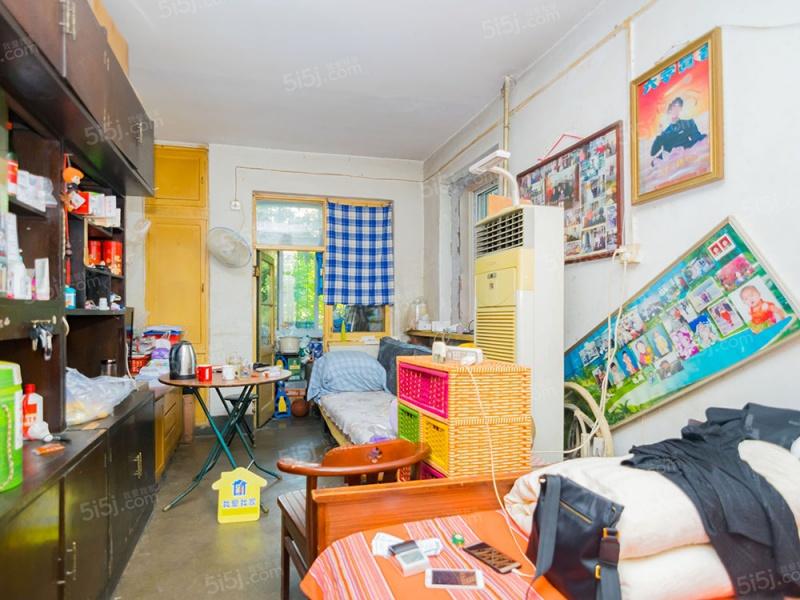 东城房本 东直门 满五年一套 正规两居室 随时看房
