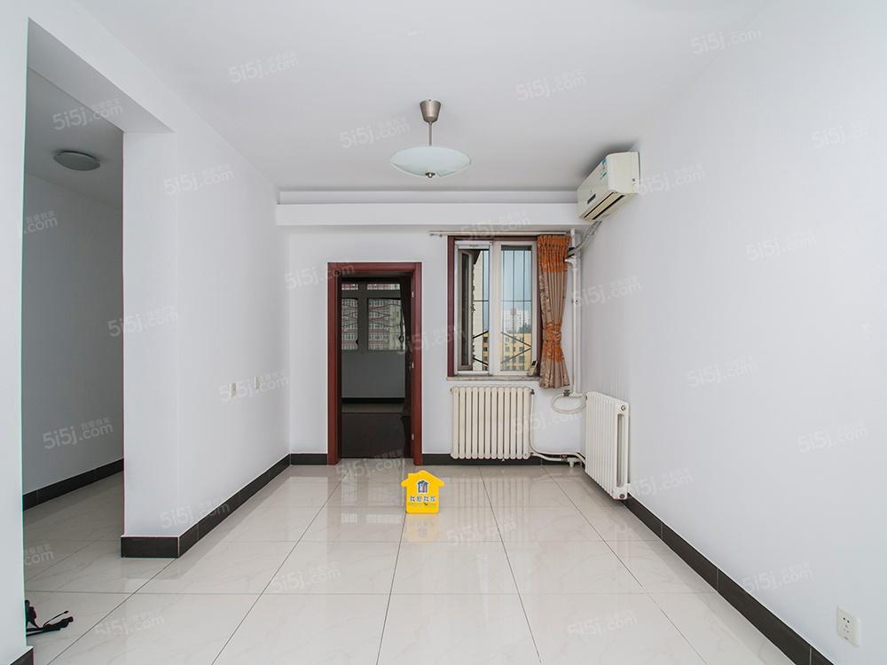 北京我爱我家首付160万,满两年,精装修两居室出售
