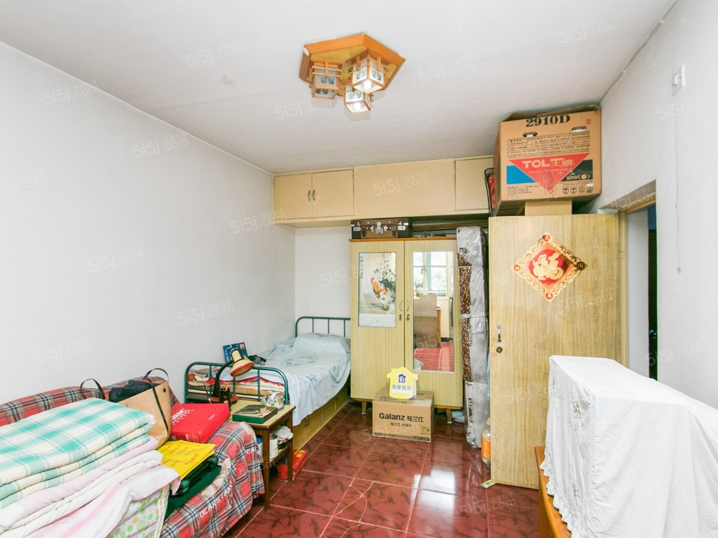 宏塔社区一室一厅一卫43.37平米出售