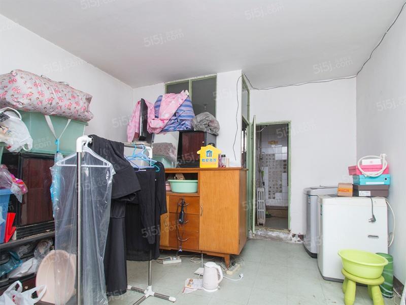 京烟宿舍 南北2室1厅 不临街 94年建成