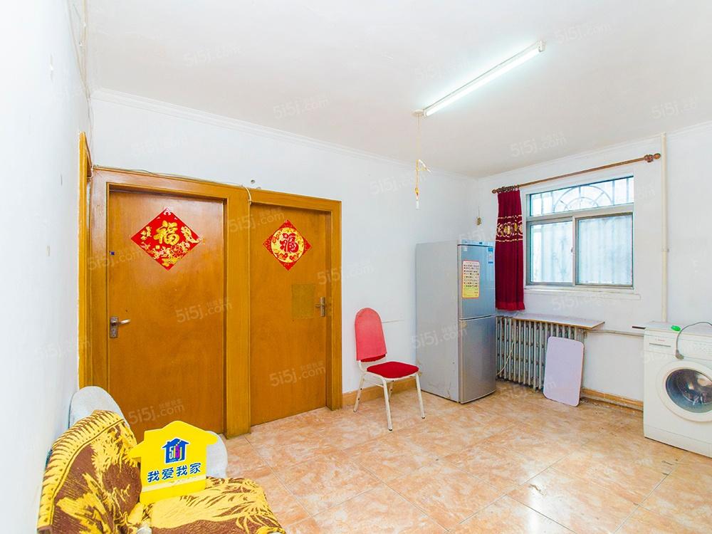 两卧朝南 带客厅 低楼层 急售 看房随时红联北村