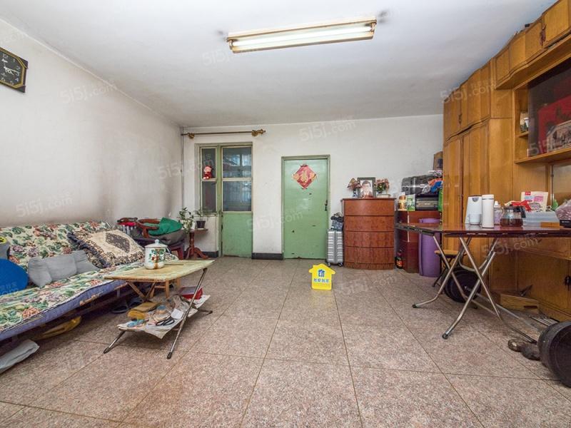 南二环边 南北通透两居室 低楼层 双阳台