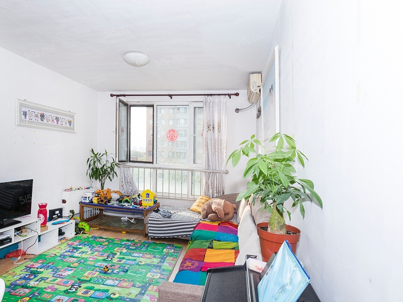 整租|溪城家园 近地铁伍号线立水桥站 人车分流 精装两居室