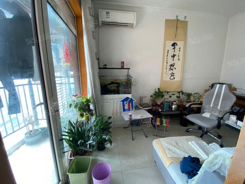 http://image16.5i5j.com/erp/house/4447/44470047/shinei/epmidnei00b23d5e_800x600.jpg