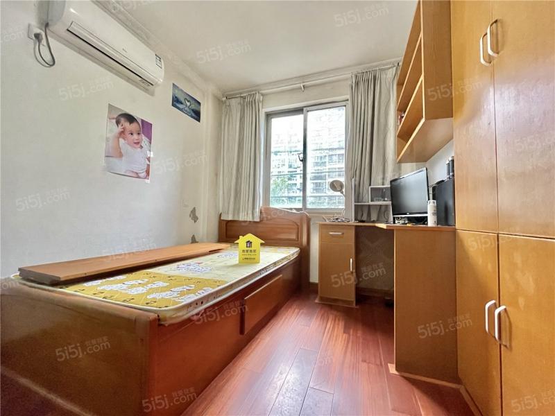 南京我爱我家红山新城,颐和家园,电梯中间小三房,随时可看,水曲柳家具全送第5张图