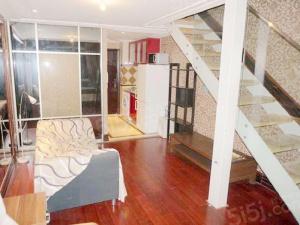 低楼层,一室一厅一卫,朝南向