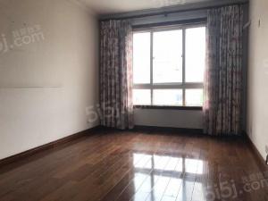 半山花园 户型: 9室 二厅三卫 面积: 249.5平米