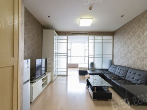 看房方便赤壁路山西路中环国际广场,精装单身公寓