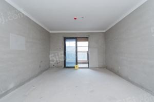 盛世江城二期三室二厅二卫121.5平米255 万元