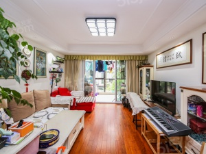 朗诗未来街区三房、装修保养好、业主诚心