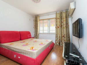 威尼斯B户型 南北通透两房 居家装修 直接过户房主诚心卖