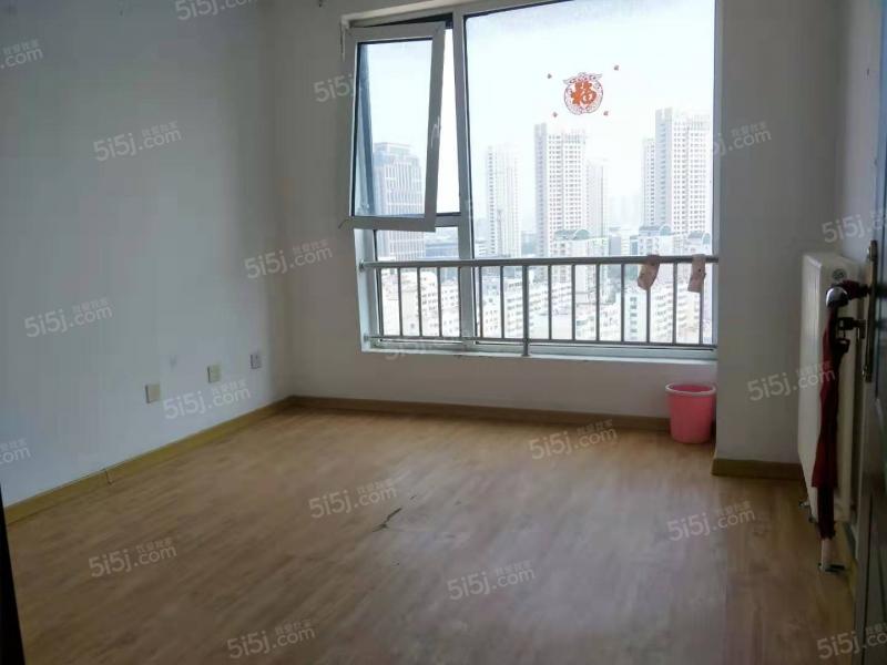 青岛我爱我家珠江路商住两用写字楼 瑞泰假日东向 有钥匙随时看第4张图
