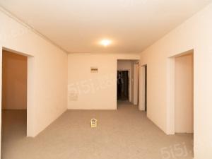 雪溪苑B区纯毛坯大3房 次顶楼 采光好 真实急售随时看房