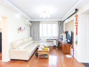 凤凰西街 凤凰花园城 双南一北三卧室 居家装修 舒适四楼
