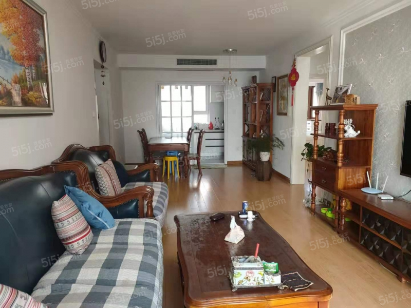 青岛我爱我家套三双厅双卫,小区人车分流,海景房,沧口公园,价格可议第1张图