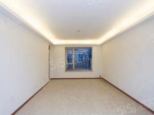 南京东郊小镇第四街区新空未入住诚心出售,可随时看房