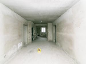 水岸毛坯三房,满五年过户价格能谈,随时看房楼层位置好
