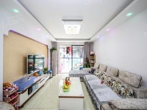 房东诚心出售,太湖汇景装修好的三房,满两岸,家电家具全留