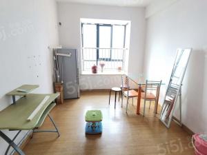 东风家园精装二室随时看房拎包入住施设齐全