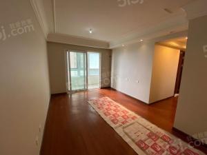 保利堂悦精装三房 全明户型 中间楼层 南部新城不满二