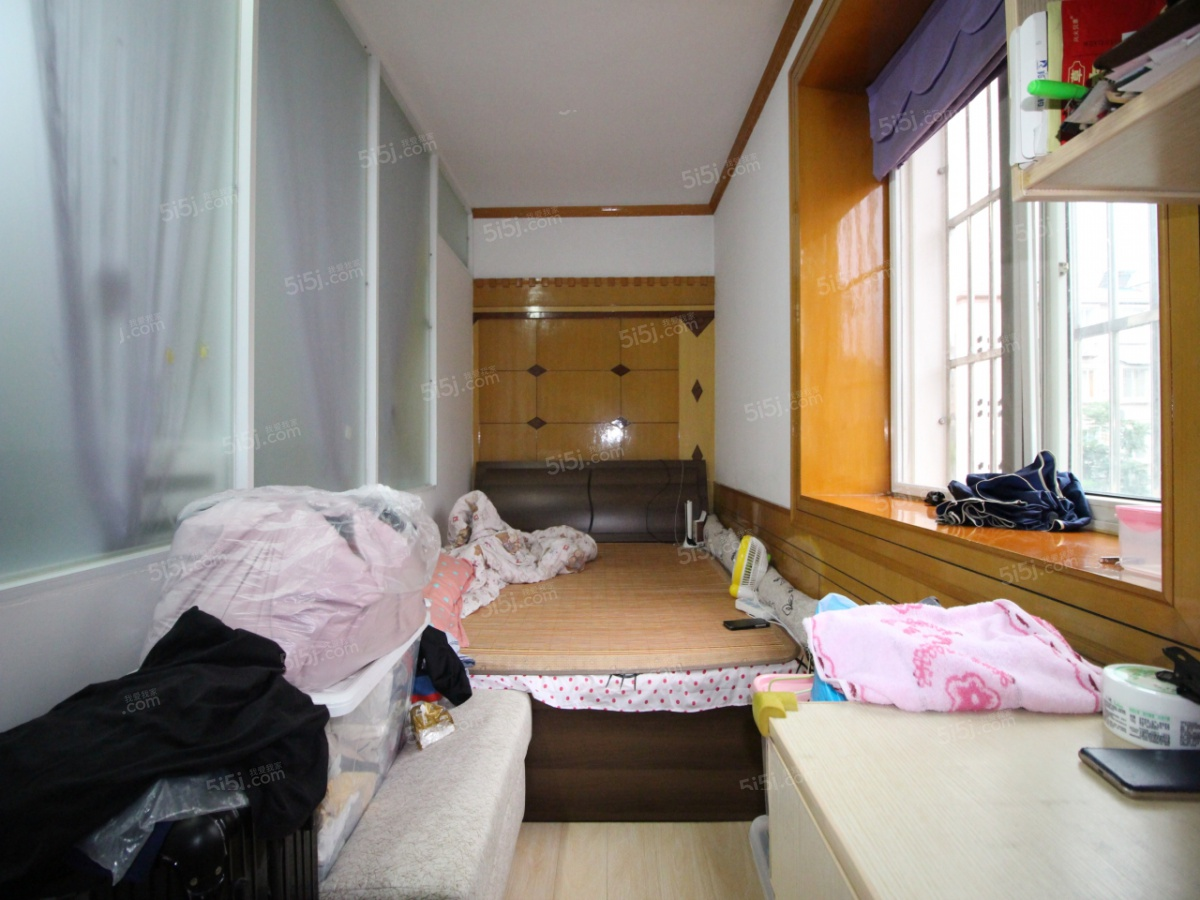 仙林大学城 仙鹤三房 装修干净 房东诚心卖 随时看房