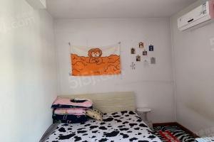 南江东里,精装两室,南北通透,偏单,价格可议,拎包入住