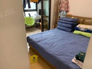 仙林湖 万达茂一期自住装修两房 诚心卖 采光好看房联系